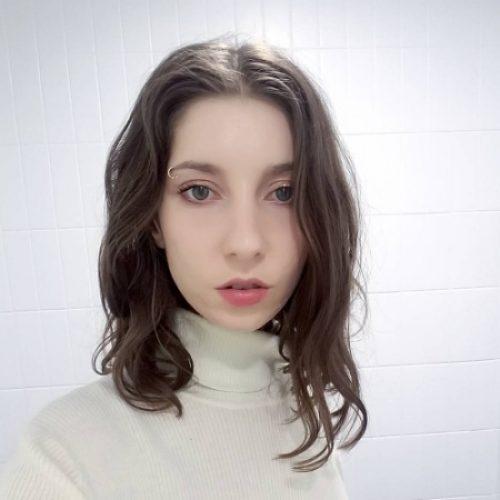 Chloe English